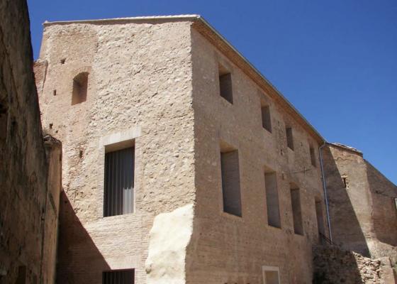 Castillo Ribarroja después